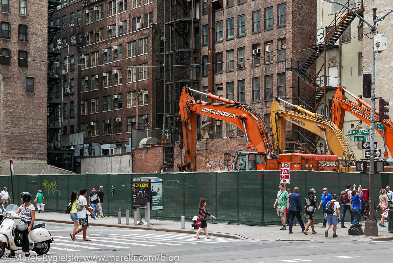 Building New York City - 46th Street and Fifth Avenue.