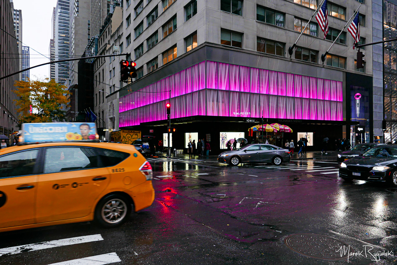 Victoria's Secret Fifth Avenue.