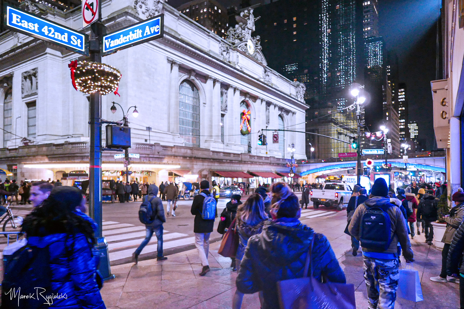 Evening rush hour in New York City - Grand Central Terminal, 42nd Street.